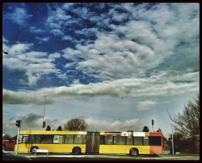 Bus Waiting  Blue Sky Sunny Day❤