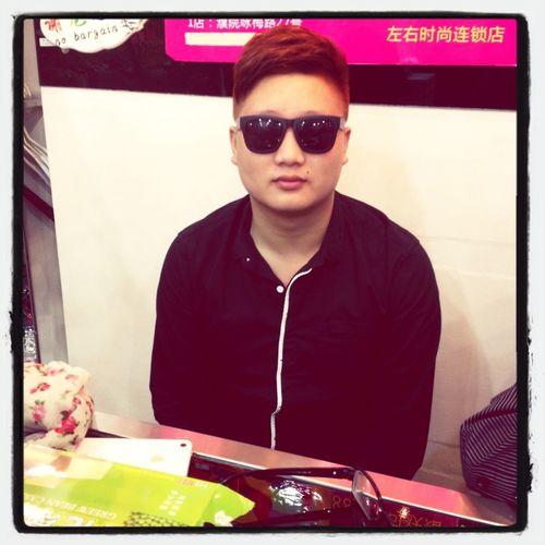 My Brother。like Psy?!!Haha