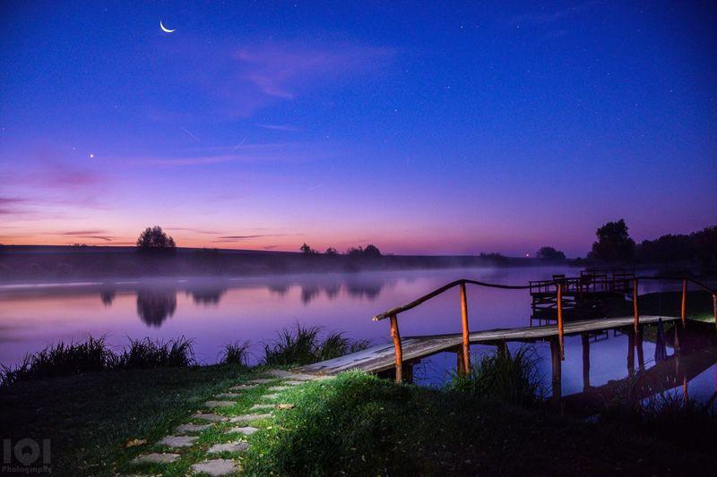 Morning Sunrise Moon Nature Lake Water