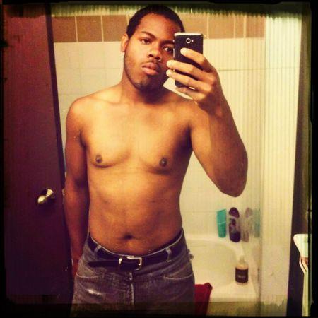 Shirtless So Sexy Selfie Blackguy