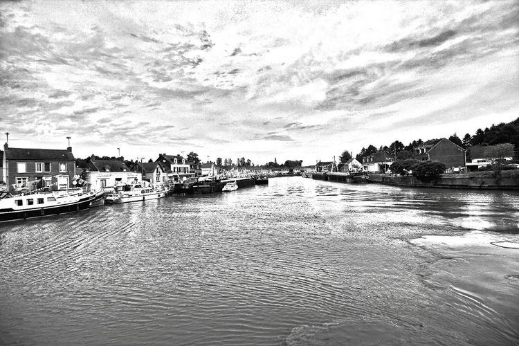 longueil annel Noir Et Blanc black and white fleuve Oise France Paysage De France