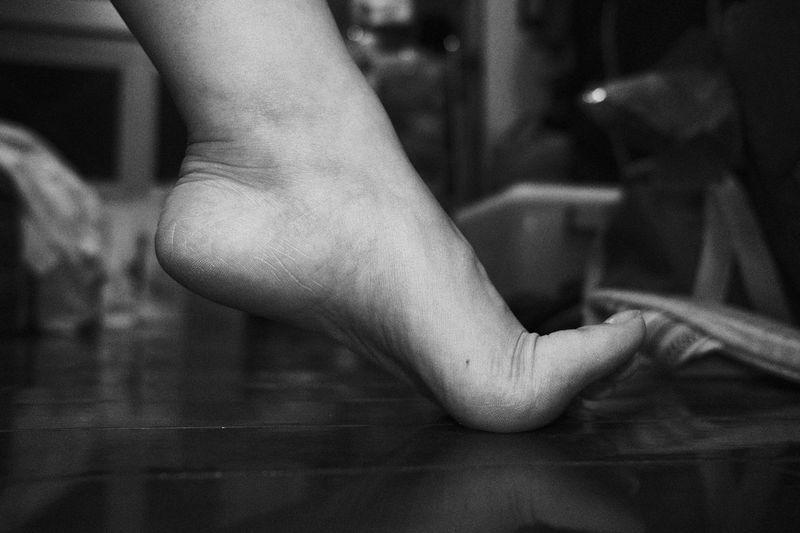 bedside. B&w Ballet Barefoot Bedside  Blackandwhite Blackandwhite Photography Close-up EyeEm EyeEm Gallery EyeEmNewHere Foot Human Body Part Human Leg Intimate Intimate Moment Lifestyles Low Section Real People Women Xf 23mm F2 EyeEm Ready