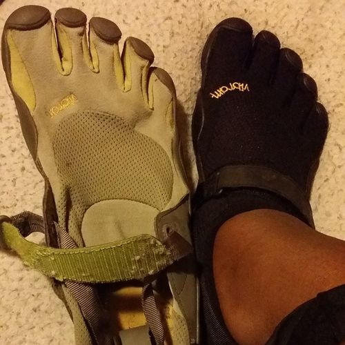 I love the five finger shoes! Vibram & I have had a great relationship for over a year now! Vibram Vibramshoes Fivefingershoes