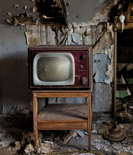 Vintage TV In An Abandoned farmhouse northeast United States Old-fashioned Retro Styled Abandoned Antique Decay Abandoned Places Old-fashioned Urban Exploration Canon7d  EyeEm_abandonment Eyeem Abandonment Canon7d  Forgotten Places  Abandoned & Derelict Demolitionbyneglect Old Tv