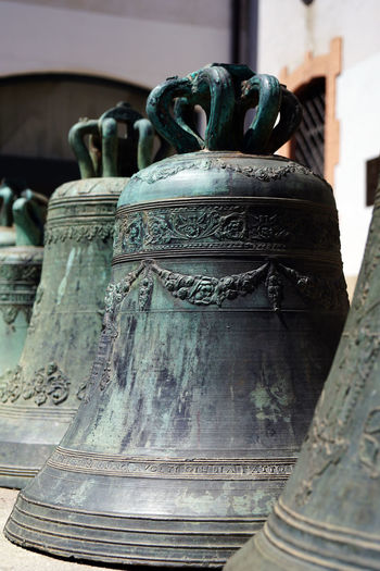 The Past Bell