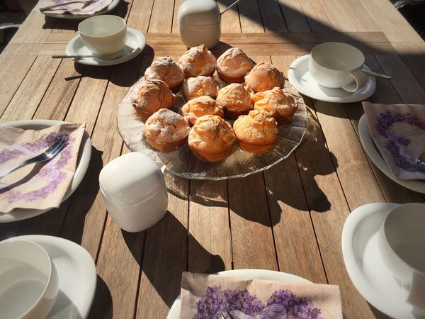 Octobre Love Coffeetable Table Outdoors Garden Coffeebreak Wooden Table Dishes, Plates, Bowls, White Muffins