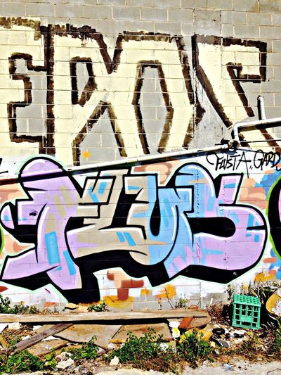 Graffiti burbs...