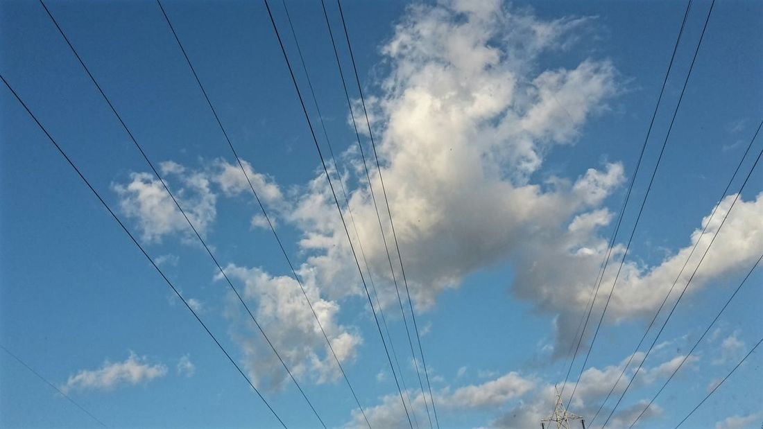 Capture The Moment Cloudscape Electric Wire Looking Up Blue Sky Lines From The Car Window From The Road Clouds Lovers Geometric Lines Driving Home Cumulus Cloud Parallel Cirrus Sky Only Cumulus Fluffy Meteorology Wire
