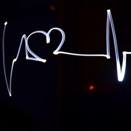 Herzlinie Herzschlag Puls Heart lightpainting heartbeat langzeitbelichtung nikon d5100