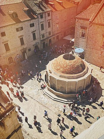 Onofrio Fountain in Dubrovnik Croatia 🇭🇷 Onofrio Fountain Croatia Dubrovnik Dubrovnik, Croatia Fountain City Large Group Of People Built Structure Architecture Travel Destinations Tourism City Life High Angle View Outdoors EyeEm Best Shots EyeEm Gallery EyeEmNewHere EyeEm Selects
