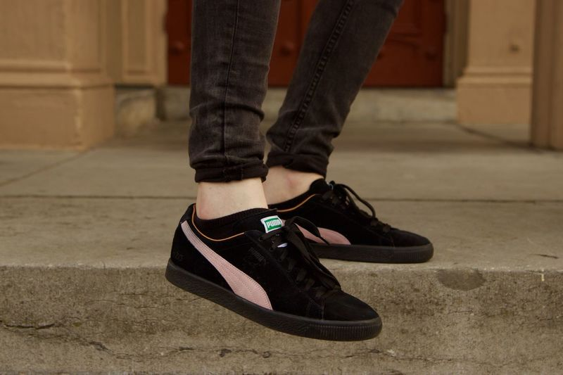 #Canon #eos1100d #eosdigital #puma #street Close-up Day Fashion Focus On Foreground Human Leg Lifestyles Low Section One Person Outdoors Real People Shoe
