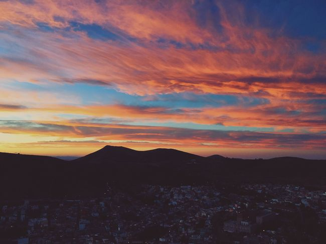 Sunset Sky Beauty In Nature Mountain Cloud - Sky Nature Tranquility Outdoors Cityscape Day