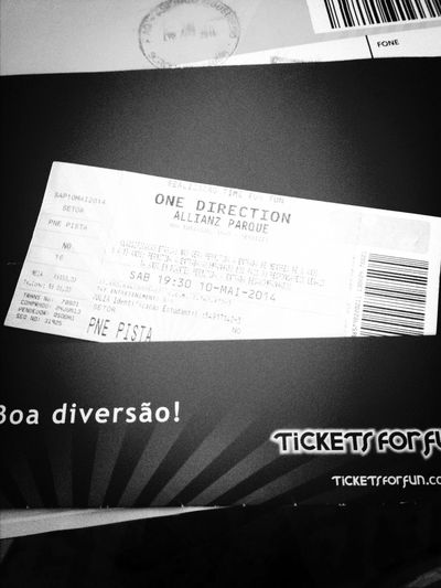 One Direction Show WWAT Brasil haters gonna hate ??✌️?❤️❤️❤️❤️