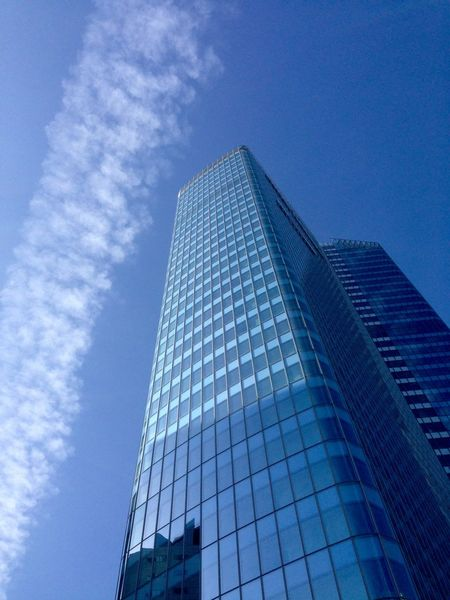 Inthecity  Paris La Defense Architecture France Sky Clouds Towers Reflects