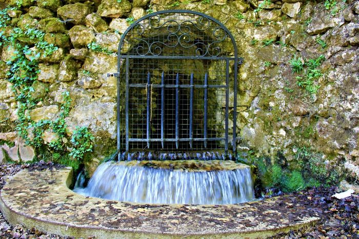 Built Structure Nature No People Outdoors Source Of Water Water