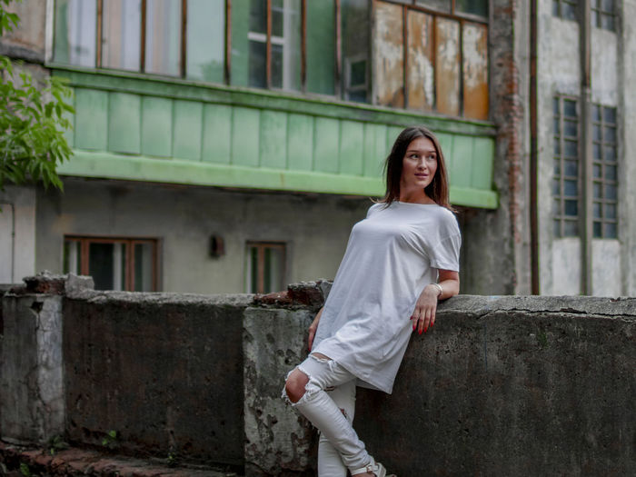 instagram @koolikov One Person Architecture Building Exterior Built Structure Standing Young Adult Casual Clothing Looking At Camera Day Portrait Real People Young Women Lifestyles Women Long Hair Smiling Fashion Hairstyle Beautiful Woman девушка портрет 30mm1.4 старый дом