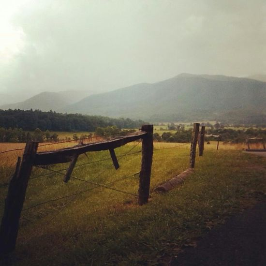 Cades Cove Tennessee Mountains