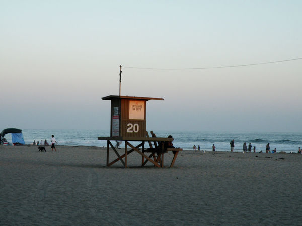 The 20th Street lifeguard station on Balboa Peninsula. Life Is A Beach Lifeguard Station Balboa Peninsula California Noir
