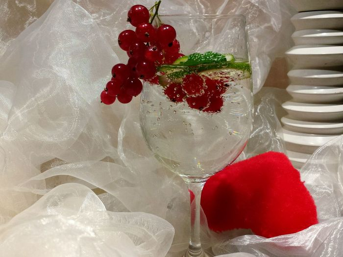 Colour Of Life Drinks Drink Heart Red Heart White Chiffon Wine Glas Visual Feast