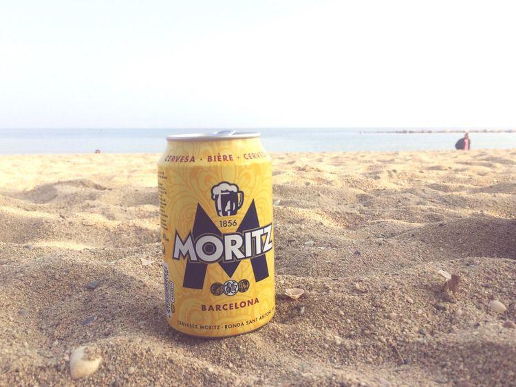 Moritz Cerveza Beer Catalunya On The Beach