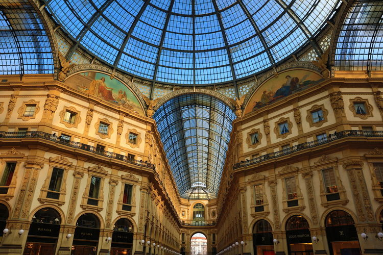 Bella Italia Bella Vita Fashion Galleria Vittorio Emanuele Milan Milano Shopping Shopping Center Arcades Architecture Built Structure Galleria Vittorio Emanuele II Italy Low Angle View Monumental Arcades Monumental Buildings Shopping Mall Travel Destinations