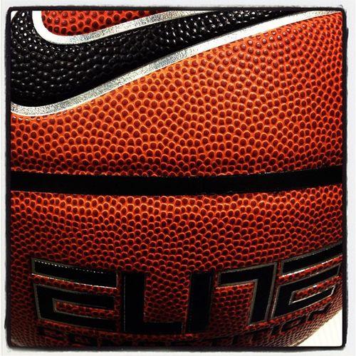 Nike Elite NikeCollegeBasketball