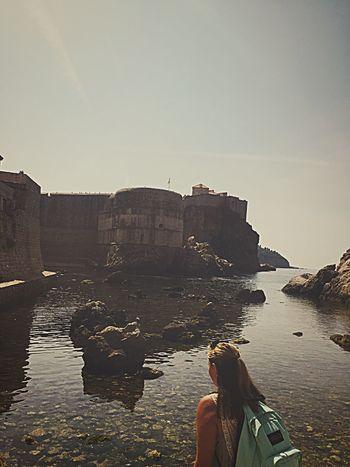 Old city walls of Dubrovnik Croatia 🇭🇷 Dubrovnik Dubrovnik, Croatia Croatia Gameofthrones Rock Formation Real People Water Nature Beautiful Love Adriatic Sea EyeEm Nature Lover EyeEm Gallery EyeEmNewHere Beach EyeEm Selects