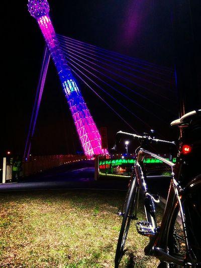 Bikelife Bridge 夜騎也不錯