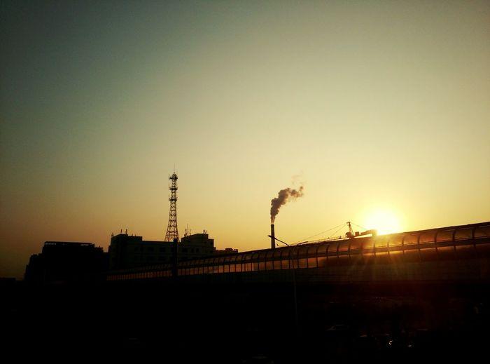 城市一景 傍晚 黄昏 城市 北京 天空