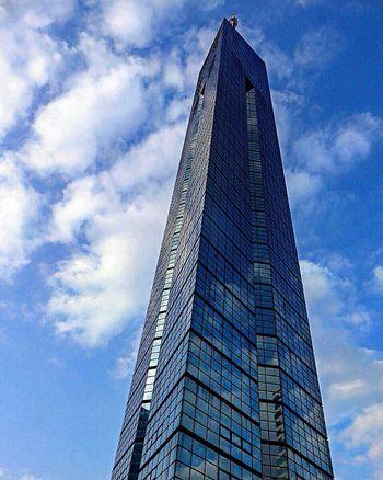 Tower Fukuoka Fukuoka,Japan Fukuoka-shi Fukuokatower Arcteture Sky Sky_collection Clouds And Sky Sky And Clouds Sky_collection Blue Sky Skylovers