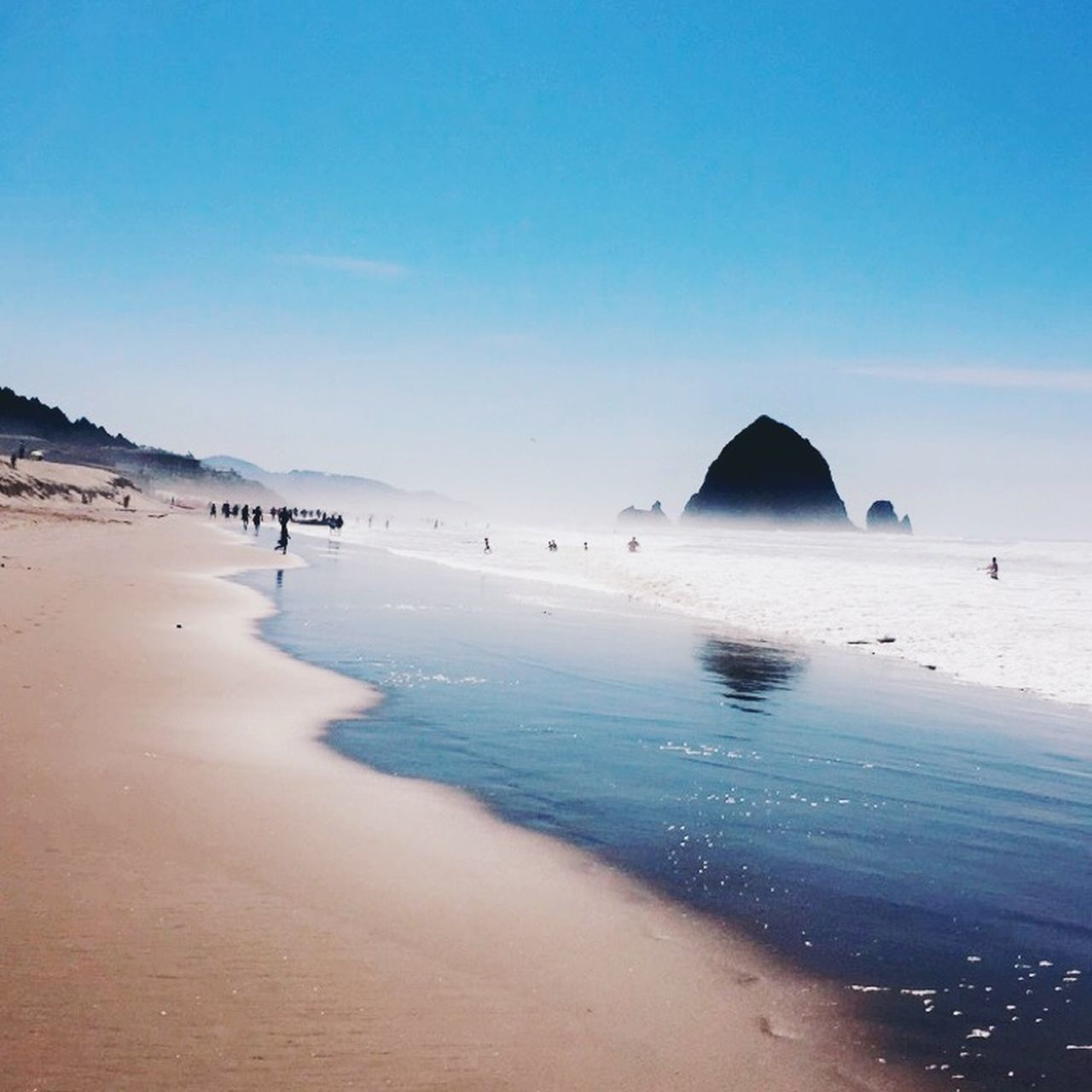 water, sea, sky, land, scenics - nature, beach, beauty in nature, tranquility, tranquil scene, nature, blue, clear sky, sand, day, idyllic, non-urban scene, copy space, no people, outdoors