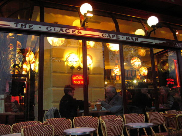 Bistrot Cafe City City Life France Illuminated Information Sign Lifestyles Moules Night Paris Paris La Nuit