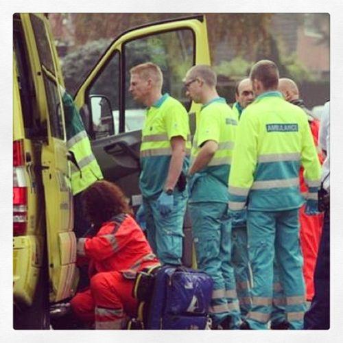 Drukke dienst vandaag! Ambulance Mmt Trauma EMS emt laren