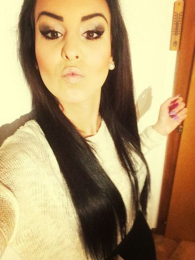 Make Up Selfie Kiss 😚
