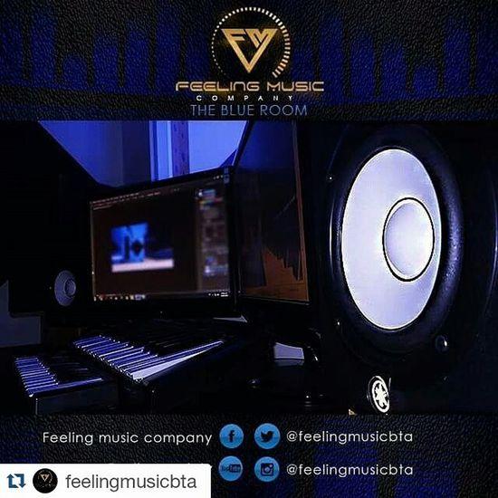Repost by @feelingmusicbta Feelingmusiccompany Feeling music abre sus puertas hace 5 años de los cuales los ultimos 3 hemos estado registrados por cámara de comercio, desde el 2014 realizamos los registros de nuestros artistas con derechos de autor y sayco, contamos con dos productores musicales (beatmaker, vocal producer), diseñador grafico, web management, jefe de prensa, community manager en Lima y NY Si quieres trabajar con Losmejores y primeros de Bogotá COMUNICATE!! Wsp: 316 694 7865 Cel: 300 483 5047 Theblueroom Feelingmusic Studio Bogotá Colombia Musicalproduction Music Recording Singer  @javier_elnene @gangstatco @ganstervidgroup @bogopautagroup @bogopautaco @yazzygram @julianrodriguezr11 @moratonanis @jotakonsul @babygmusica Feelingteam Fm Marketing Agency Creative Network Manager Bogopautaco