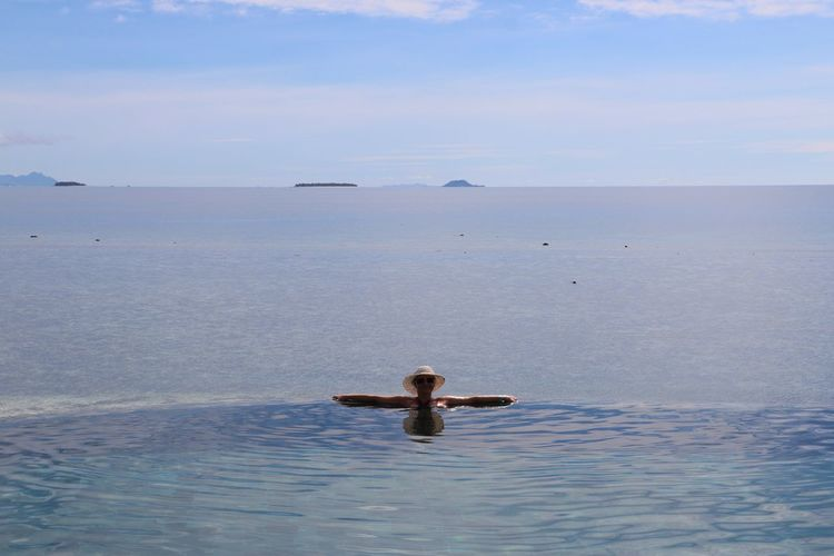 Sun Sea Pool Female Fiji Islands Beauty In Nature Paradise Beach Photography