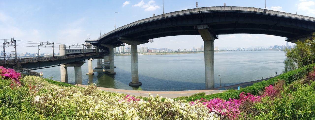 Panoramic view of bridges over han river