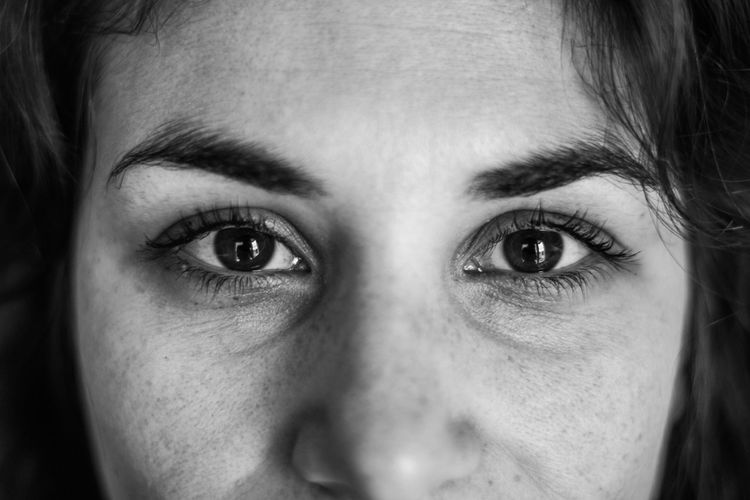Human Eye Looking At Camera Portrait Close-up Human Face One Person Real People Young Adult Eyebrow Human Body Part Young Women Eyesight Eyeball Indoors  Eyelash Day People Eye Face Eyes Eyes Are Soul Reflection Eyeshadow Eyes Watching You Faces Portrait Of A Woman