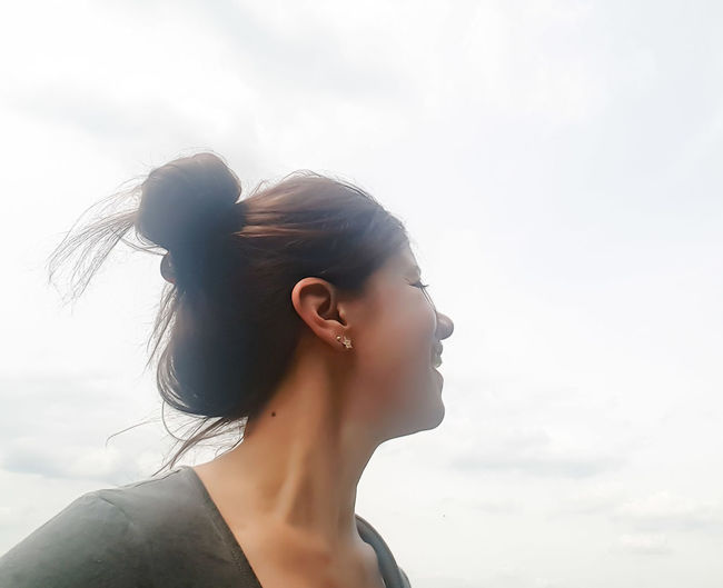 Happy Smile EyeEm EyeEm Gallery EyeEm Best Edits EyeEm Best Shots Sky And Clouds Profile Profile Picture Profile View Woman Portrait Woman Power Just Be YourSelf OpenEdit