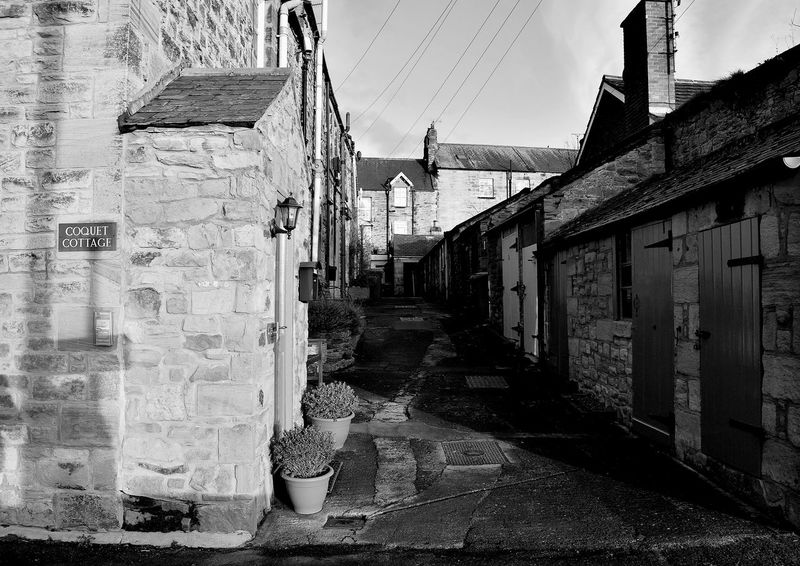 Black & White Old Street Rural Rural Scenes The Week On Eyem Architecture Black And White Black And White Photography Blackandwhite Blackandwhite Photography Building Exterior Built Structure Day No People Outdoors Rural Scene Street Street Photo Street Photography Streetphoto_bw Streetphotography The Way Forward
