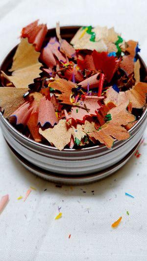_Il en est de la pointe de l'esprit comme d'un crayon, il faut recommencer à le tailler sans cesse. (It is the tip of the mind as a pencil, you have to start cutting the incessantly) Charles-Augustin St-Beuve. ✏💭