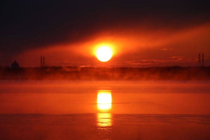 -13°C Sunrise Lake Lake View Lakeside Utonailake Sun Reflection Orange Color Dramatic Sky Water Beauty In Nature Sky Outdoors No People Cloud - Sky
