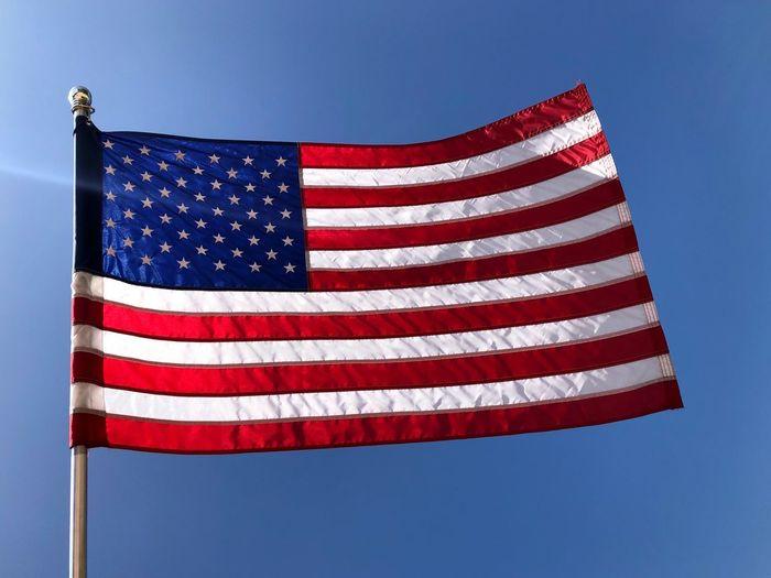 🇺🇸 American