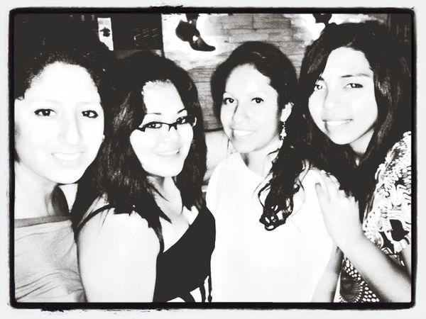 My crazy girls..♡ ..•^^•..