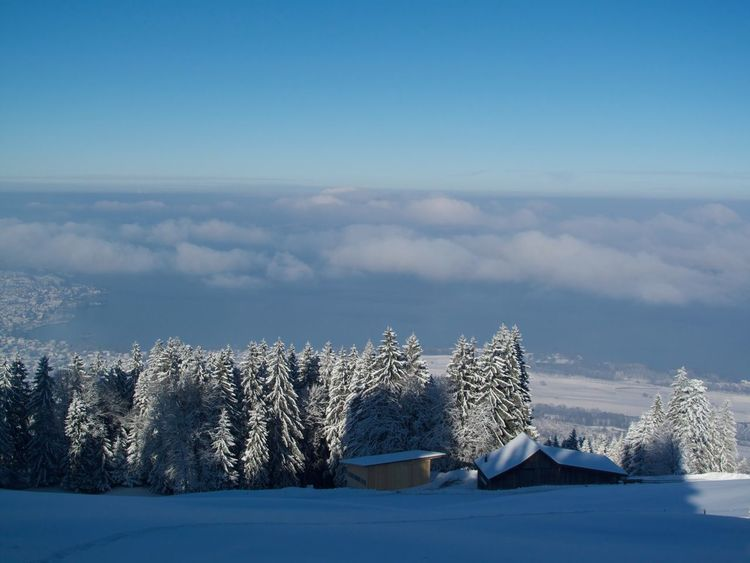 Beauty In Nature Blue Cloud Cloud - Sky Cold Temperature Day Landscape Majestic Mountain Mountain Range Nature Non-urban Scene Outdoors Remote Scenics Season  Sky Snow Snow Covered Solitude Tranquil Scene Tranquility Weather White Winter