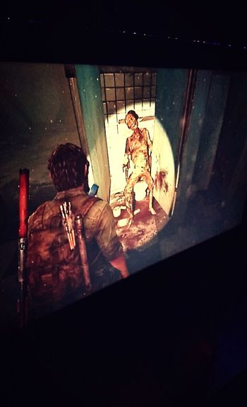 PS3 Time TheLastOfUs Zombie Normanreedus Badass Soirée Solo Celibataireattitude