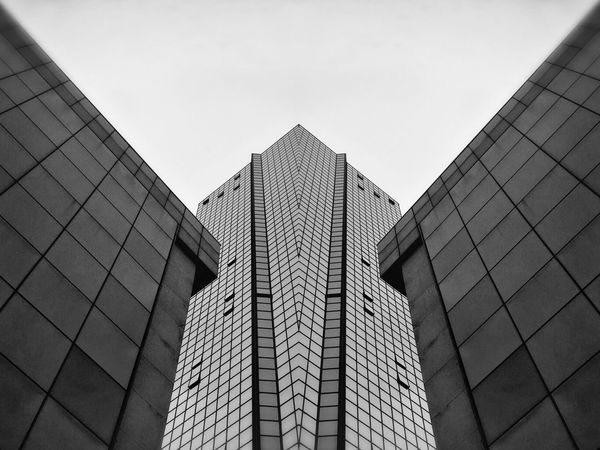 Architecture Building Exterior Built Structure Low Angle View City Modern No People Skyscraper Day Outdoors Architecture Walking Around Taking Photos Notes From Babylon Urban Exploration TheMinimals (less Edit Juxt Photography) Urban Photography Shootermag Blackandwhite Photography Office Block