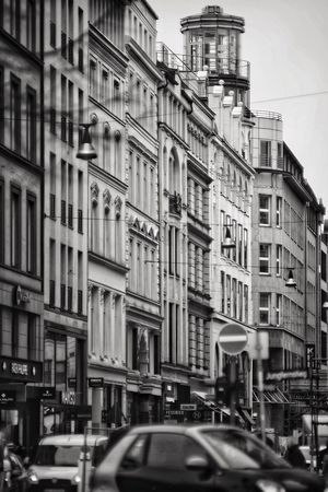 Cityscape Shopping Streets Vintage Style Black And White Neuer Wall Jungfernstieg Citycenter Shoppingstreet Cityscape Architecture Building Exterior Built Structure Street Transportation City Outdoors Sky No People Day Road Low Angle View Stories From The City The Street Photographer - 2018 EyeEm Awards