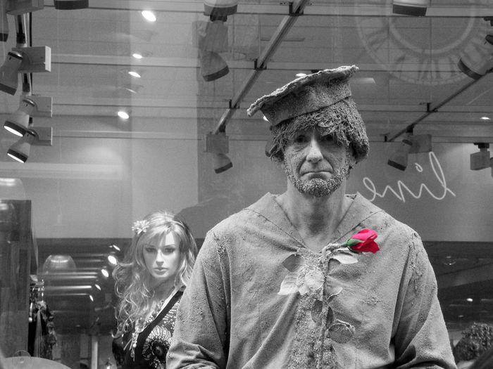 The Human Condition Livingstatue Broken Dreams Roses Emotions
