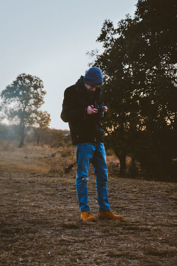 somehow, my brother can pull off such a fab look even after a long safari day.... not that im complaining though, it looks great in the photos ;) Blue Boy Casual Clothing Day Dirt Dusk Fashion Jeans Lifestyles Moody Scenics Teen